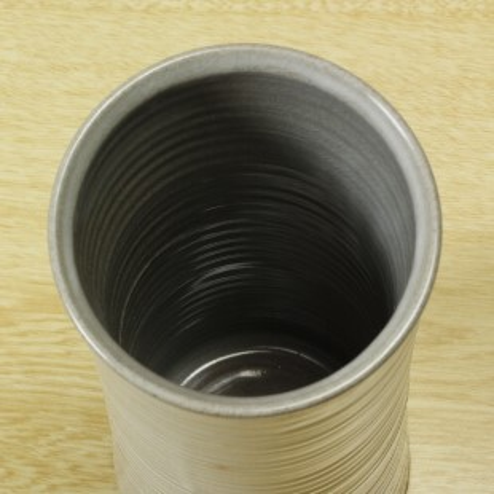 萩焼(伝統的工芸品)花入刷毛青筒