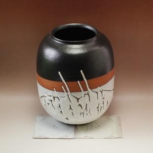 萩焼(伝統的工芸品)壷大掛分け(鬼白松&黒釉)掛外し瓜形