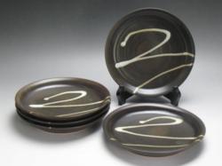 2011年(平成23年)第36回伝統的工芸品公募展-組皿黒釉わら流し丸