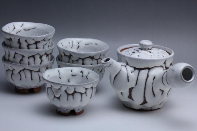 2012年(平成24年)第37回伝統的工芸品公募展-茶器鬼白丸鉄砲口汲出し朝顔